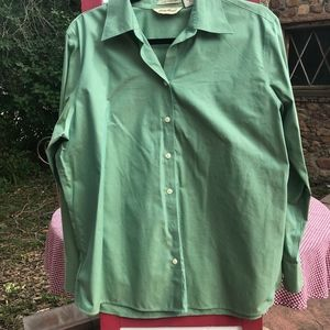 Eddie Bauer Wrinkle Resistant Cotton Blouse